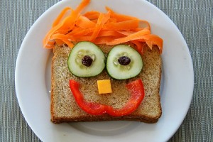 Kids-Lunches-Happy-Sandwich