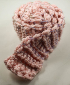 Skinny Minny Scarf, free crochet pattern by Underground Crafter