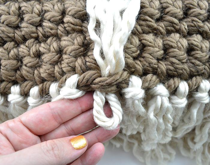 Mega Bulky Yarn Crochet Blanket Fringe2