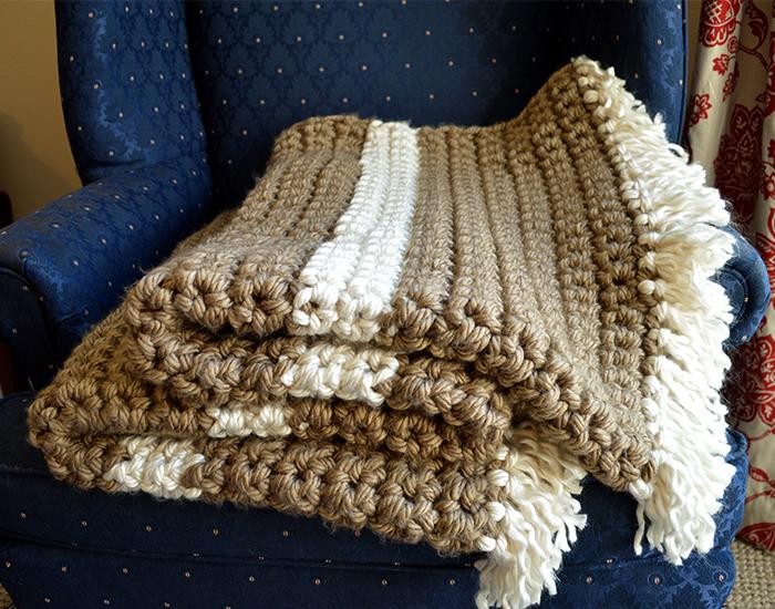 Mega Bulky Yarn Crochet Blanket Complete