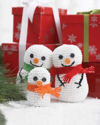 Crocheted Snowman Family