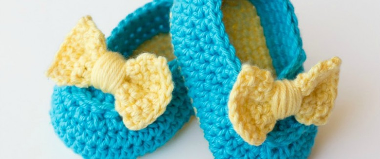 12 Budget Baby Crochet Patterns to Survive Baby Shower Season