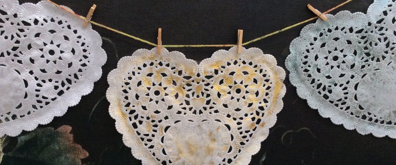 Rustic Valentine's Day DIY Garland