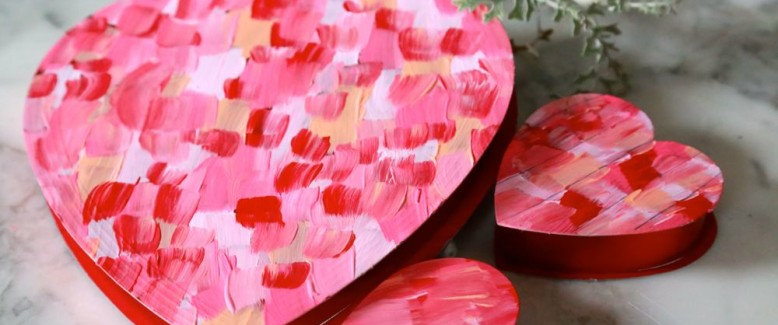 Painted DIY Valentine Gift Boxes