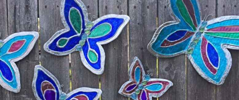 15 Pretty Paper Butterfly Projects