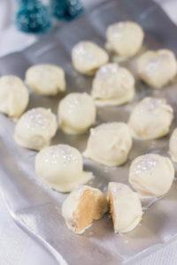 Peanut-Butter-Snowballs