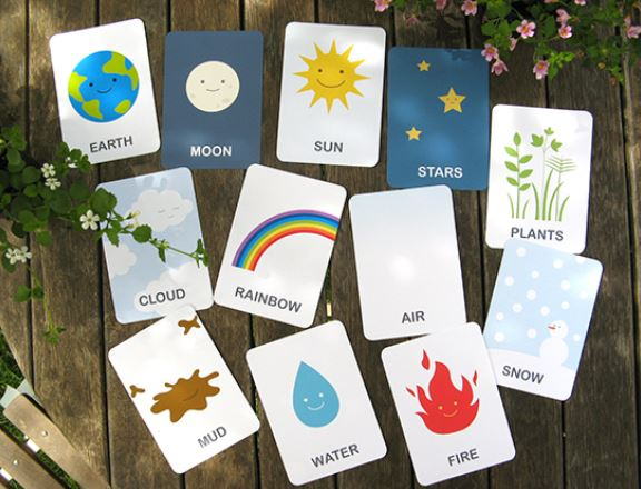 Earth and Friends Free Printable Flashcards