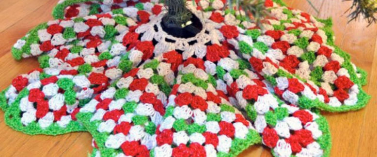 Crochet Christmas Decorations: 5 Crochet Christmas Tree Skirts